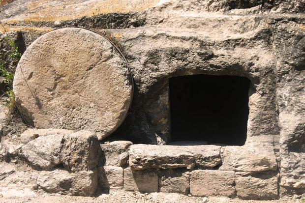 """Santo Sepolcro, il ritrovamento che ha emozionato gli archeologi: """"Ecco cosa abbiamo trovato..."""""""