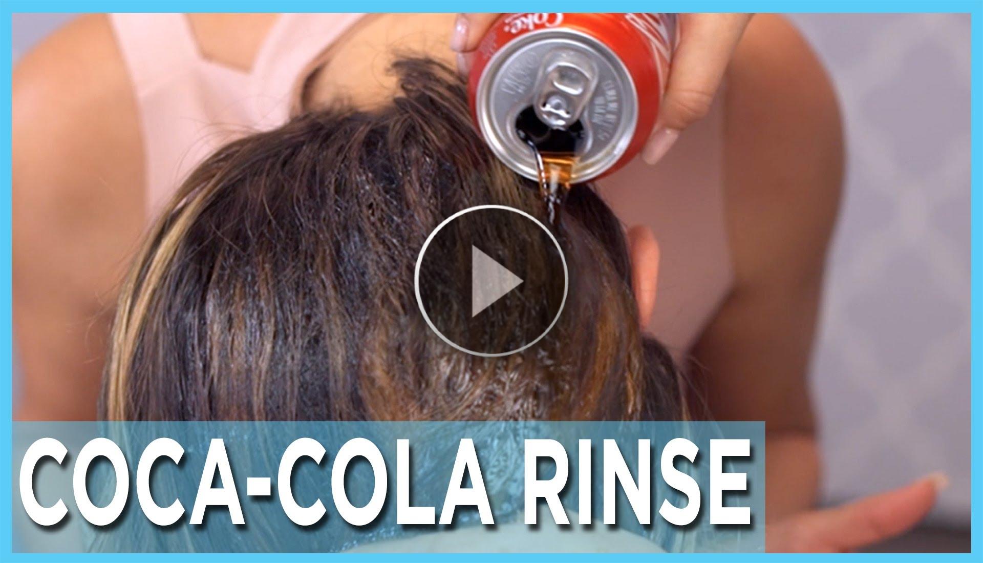 Cosa succede se versi la Coca Cola nei capelli??
