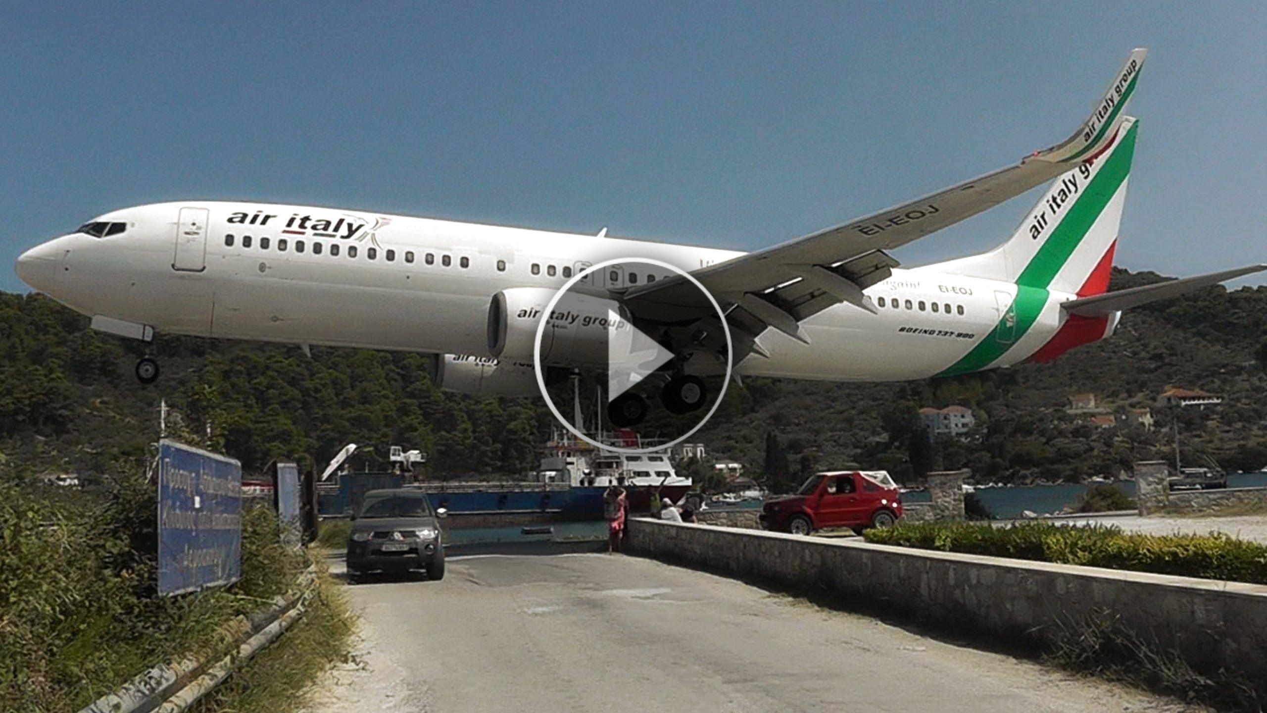 I pazzeschi atterraggi dell'isola di Skiàthos... da brividi!!