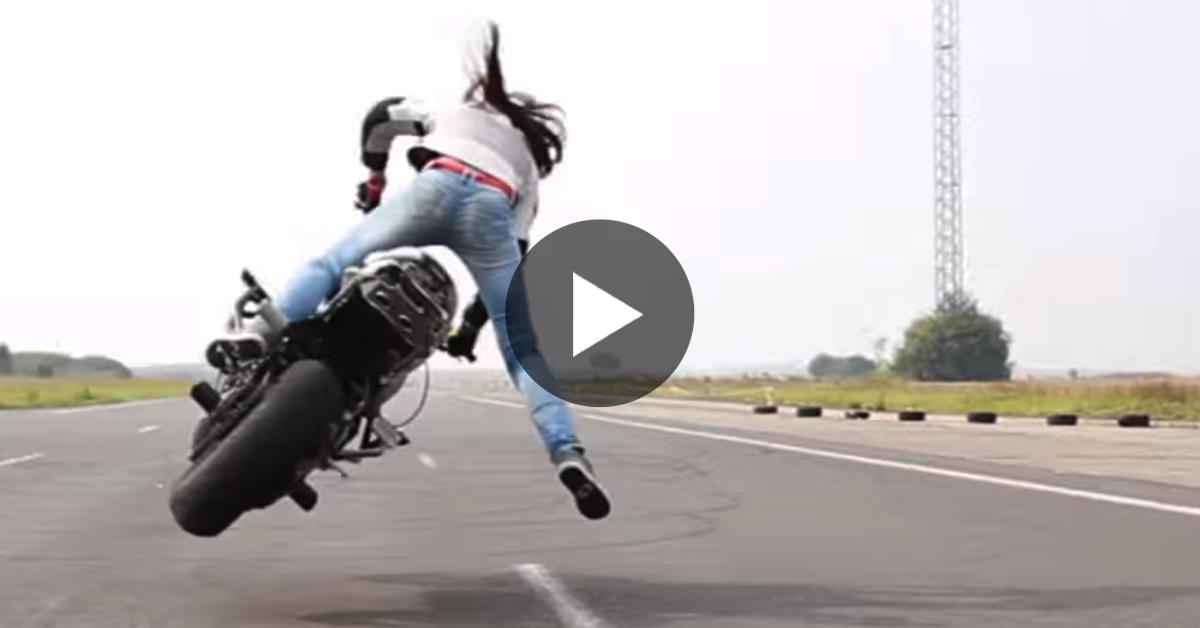 L'IMPAVIDA Sarah Lezito è Sicuramente la Migliore Stunt Rider Mai Vista Prima! WOOOW!
