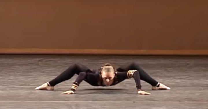 È conosciuta come la Ballerina Ragno!!! Le sue esibizioni, lasciano senza parole!!!