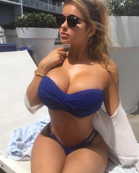 Anastasiya Kvitko, sarà lei la madrina di Russia 2018. Guardate il suo corpo perfetto!