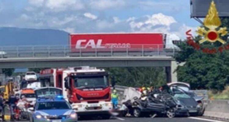 Incidente autostrada A1: arrestato il padre delle due bimbe morte